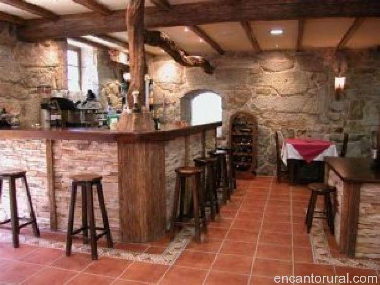 Casa rural outeiro casa rural en pontevedra for Barras de bar rusticas para jardin